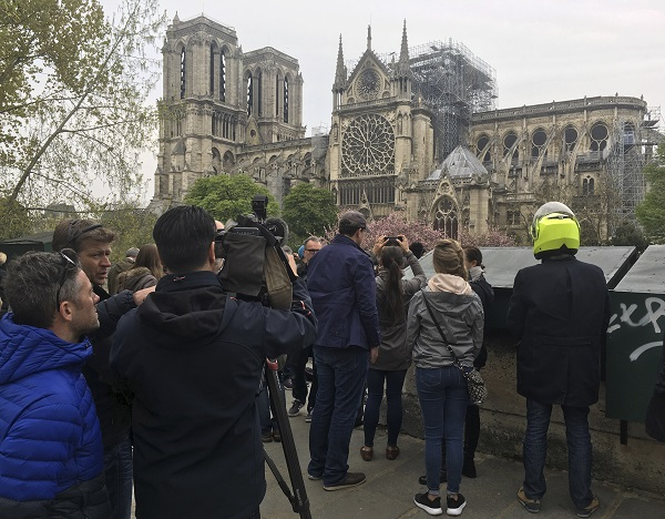 notre_dame_after_the fire1.jpg