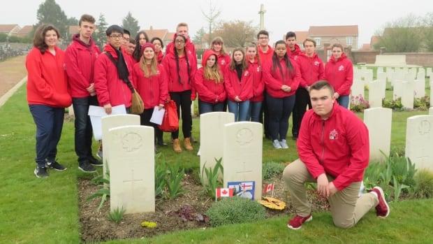 P.E.I. Un soldat mi'kmaw inhumé en France honoré dans un nouvel hommage