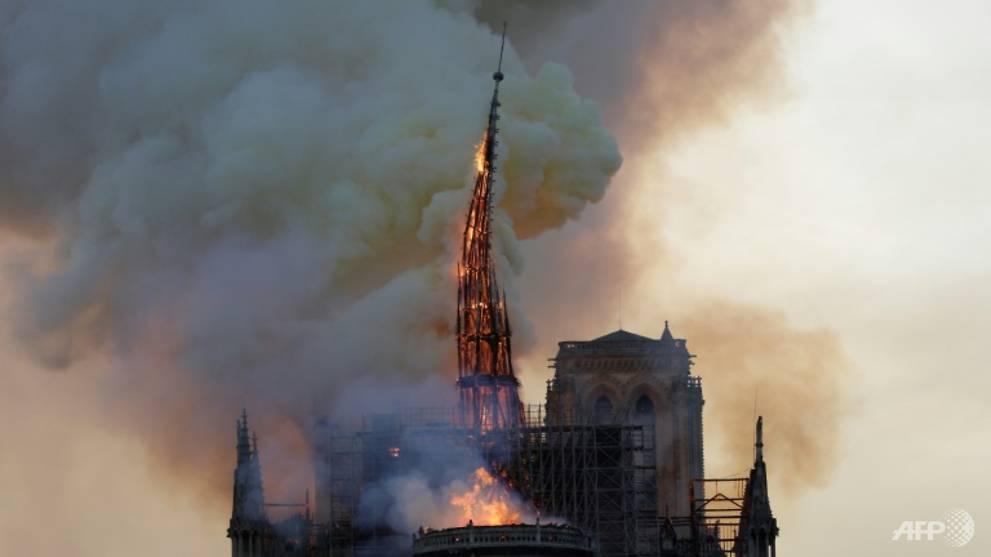 Les Français veulent que Notre-Dame soit reconstruite telle qu'elle était: Enquête