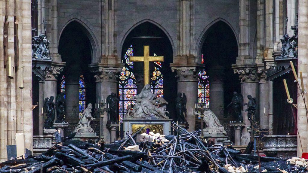 Reconstruire Notre Dame, un «projet national» pour la France | Chicago News
