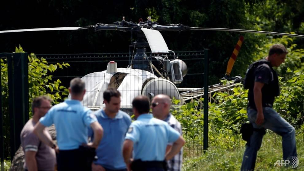 Un pilote d'hélicoptère libéré dans une prison du gangster français