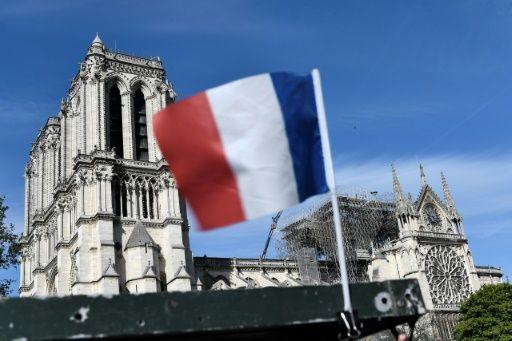 Une série de dons brise l'unité française sur Notre-Dame