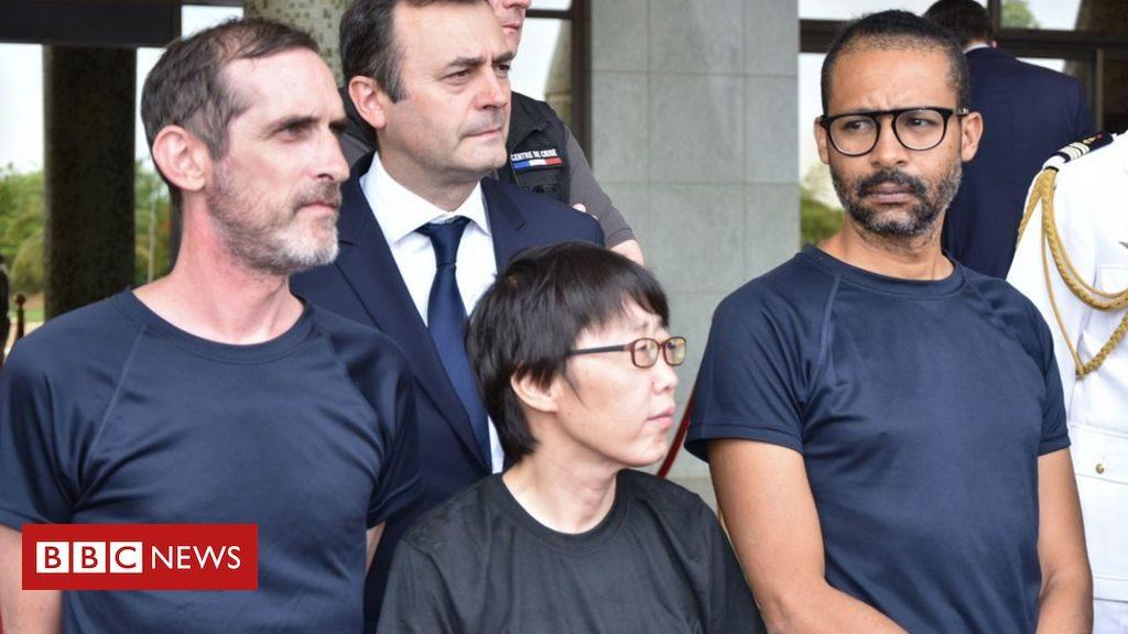 """Les otages français louent le sauvetage """"d'enfer"""" au Burkina Faso"""