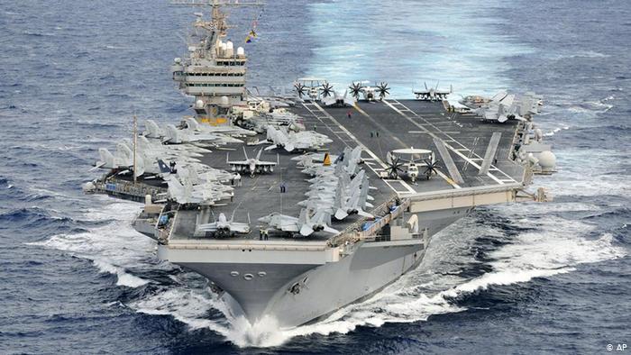 Porte-avions USS Abraham Lincoln (AP)