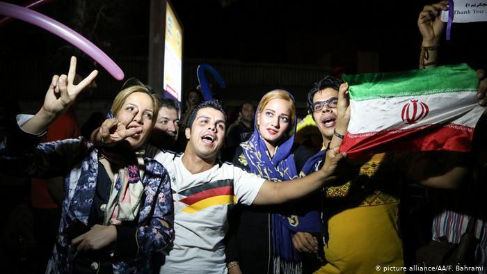 Les Iraniens célèbrent l'accord