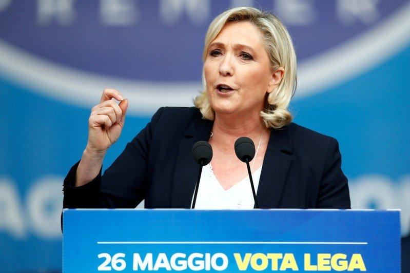 Le Français Maire dit qu'une victoire de Le Pen aux élections européennes blesserait l'euro | Nouvelles du monde