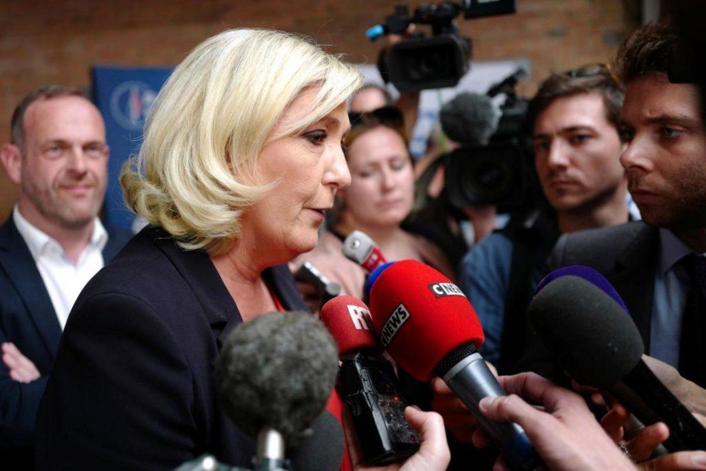 Un dirigeant d'extrême droite français déclare que l'UE votera lors d'un référendum sur Macron | Actualité économique