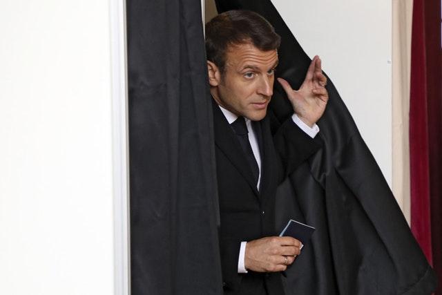 """France élections européennes """"data-title ="""" France élections européennes """"data-copyright-holder ="""" AP """"data-copyright-notice ="""" Images de l'association de presse / presse """"data-credit ="""" Ludovic Marin """"data-usage-terms ="""" Le Royaume-Uni est uniquement /production/6dfbbe059fff6b58a2433bdcadbade84Y29udGVudHNlYXJjaCwxNTU4OTk3MTk3/2.43145415.jpg?w=640 640W, https://image.assets.pressassociation.io/v2/image/production/6dfbbe059fff6b58a2433bdcadbade84Y29udGVudHNlYXJjaCwxNTU4OTk3MTk3/2.43145415.jpg?w=1280 1280w """"tailles"""" = (max-width : 767px) 89vw, (largeur maximale: 1000px) 54vw, (largeur maximale: 1071px) 543px, 580px"""