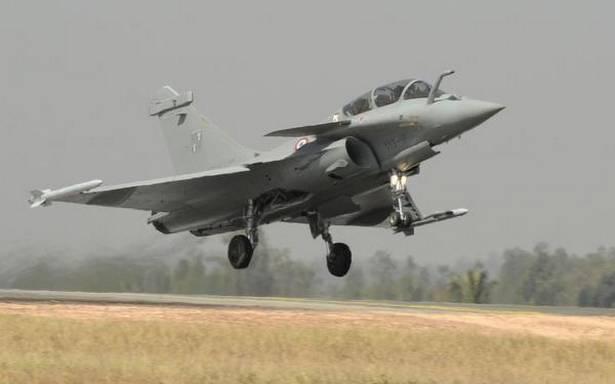 """Le gouvernement """"indique que le gouvernement surveille les progrès de l'accord Rafale n'équivaut pas à des pourparlers parallèles avec la partie française"""""""