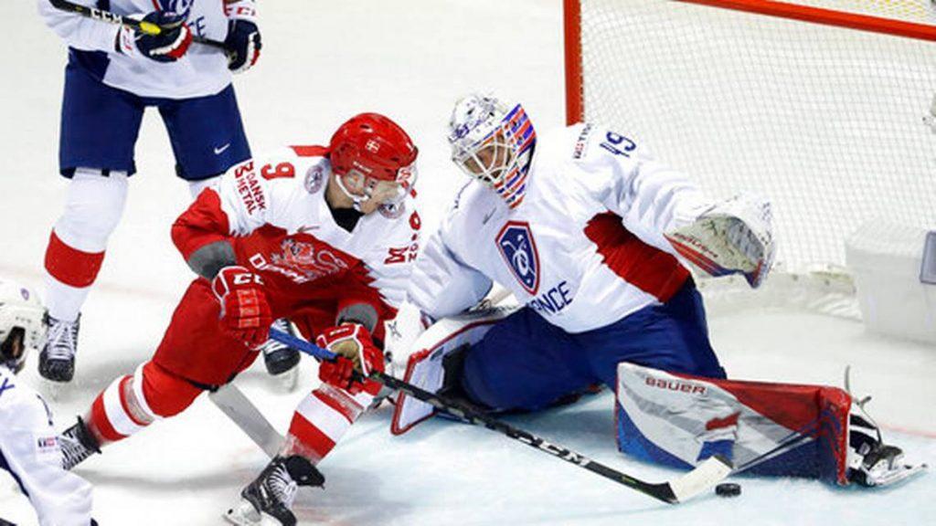 Suisse: l'Italie et le Danemark battent la France aux championnats du monde de hockey sur glace