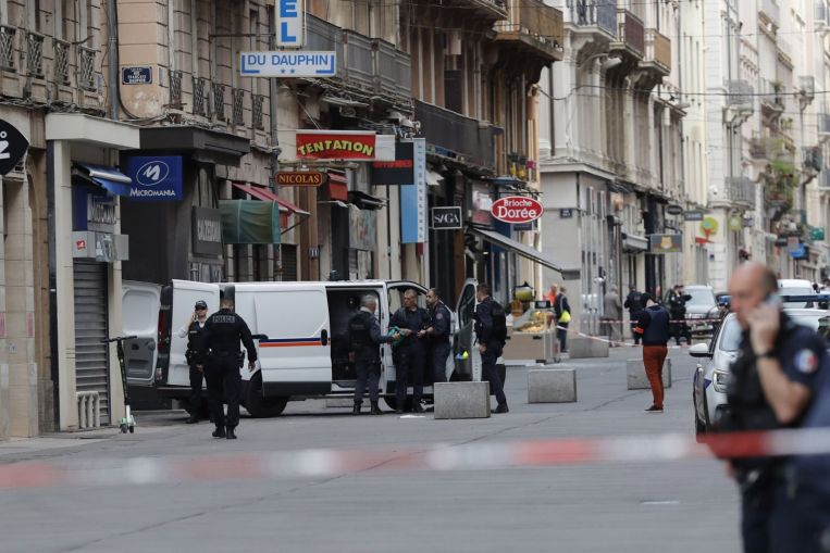 Un suspect français soupçonné d'avoir commis un colis piégé a prêté allégeance à ISIS: Source, Nouvelles de l'Europe & meilleures histoires