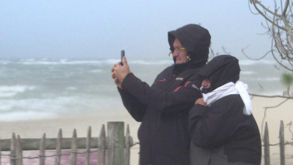 La tempête Miguel ravage les côtes espagnoles et françaises