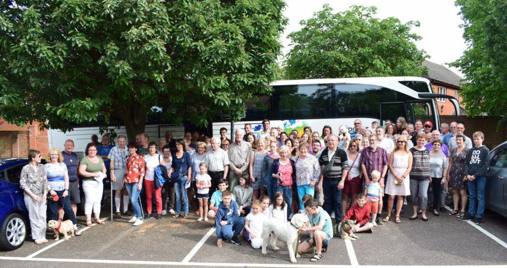 Royston Town Twinning Association: Succès du voyage des familles françaises | Nouvelles Royston