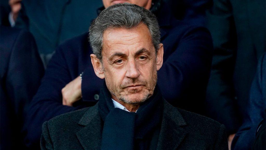 L'ancien président français Sarkozy va être jugé pour corruption et trafic d'influence