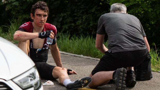 """Geraint Thomas dit qu'il a eu """"la chance"""" d'éviter une blessure grave dans l'accident du Tour de Suisse"""