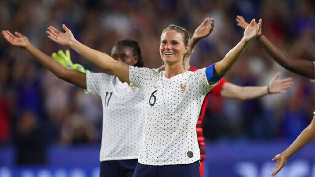 France's Amandine Henry celebrates at the end of the Women's World Cup round of 16 soccer match between France and Brazil at the Oceane stadium in Le Havre, France, Sunday, June 23, 2019. France beat Brazil 2-1.