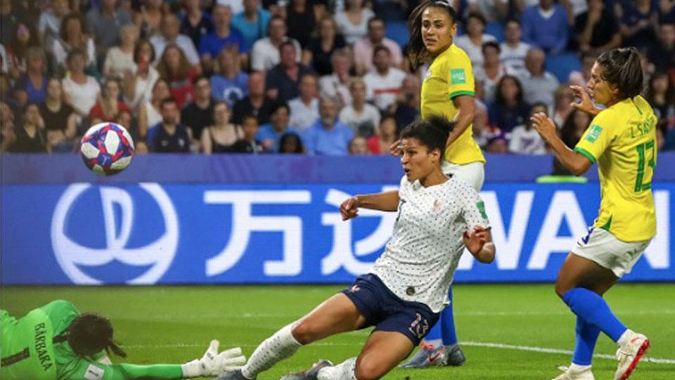 Le rêve de la Coupe du Monde de France reste vivant - FBC News