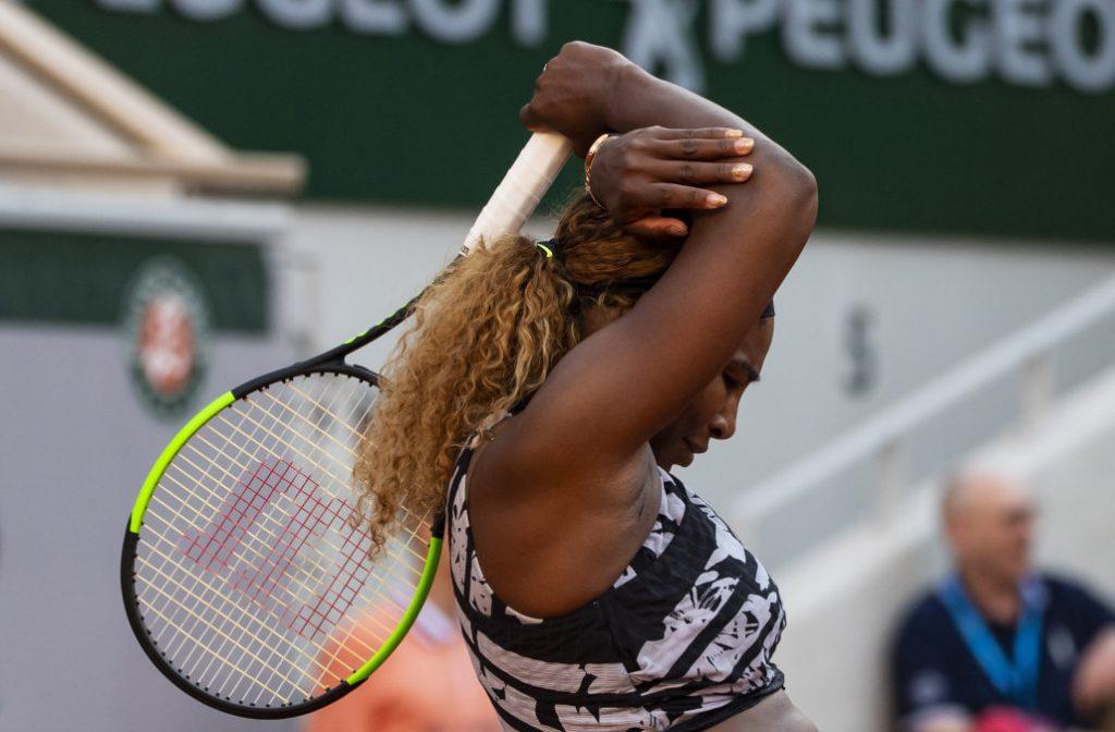 Serena Williams évincée de Roland-Garros au troisième tour