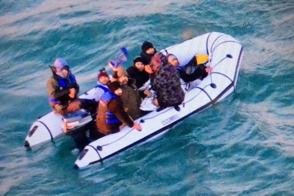 Une caméra Dover détecte des migrants à 20 kilomètres de distance sur des plages françaises