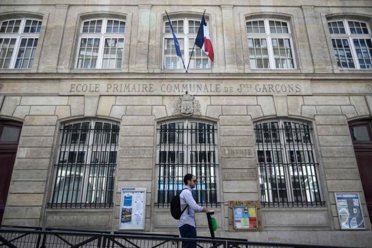 Airbnb est accusé par les familles françaises qui fuient Paris et l'Europe