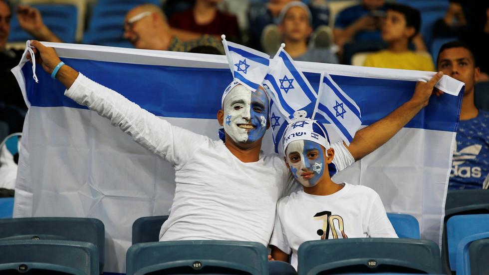 Interdire les drapeaux israéliens lors d'un match de football en France était «absurde et dangereux pour la démocratie» - RT World News