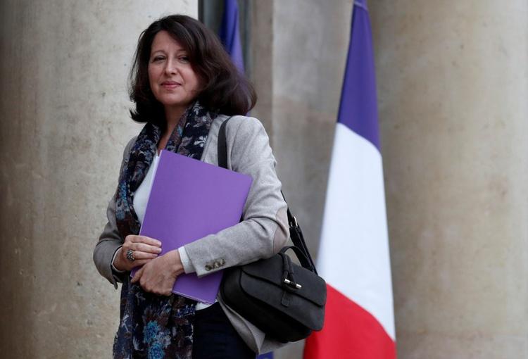 DOSSIER DE PHOTO: Agnes Buzyn, ministre française de la Solidarité et de la Santé, arrive pour une réunion à l'Elysée à Paris, le 11 janvier