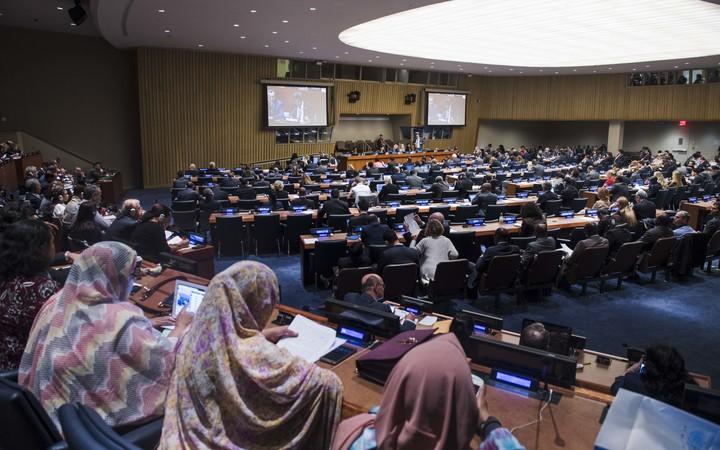 La France toujours réticente à accepter la décolonisation de l'ONU à Tahiti