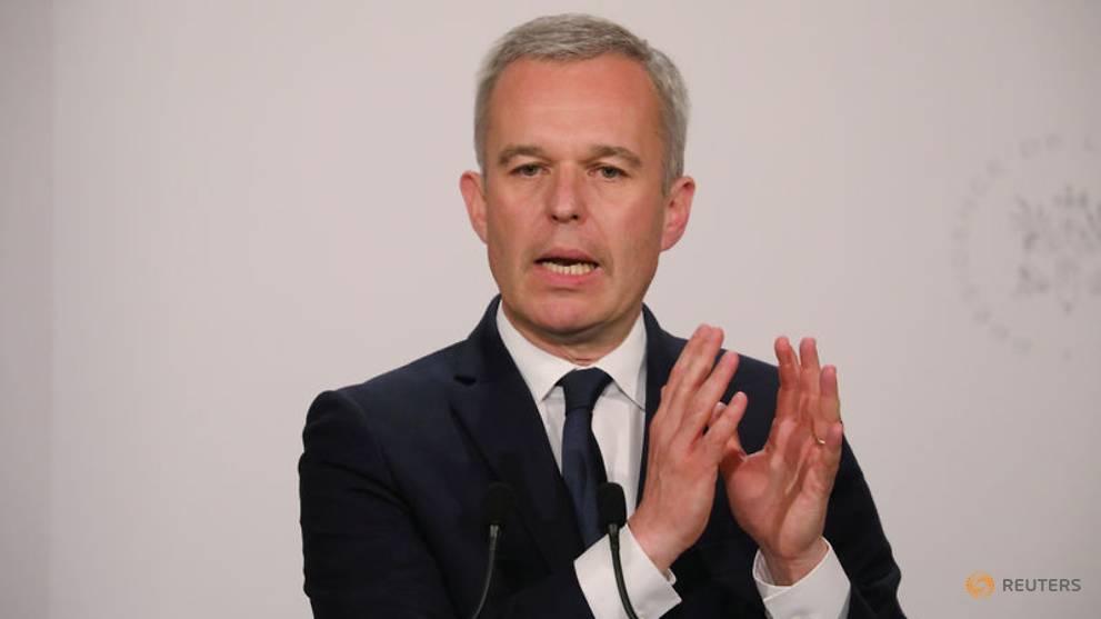 Le ministre français de l'Énergie reste en poste malgré le scandale du homard