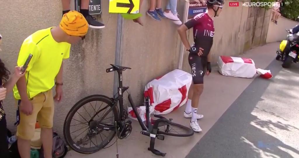 Regardez: Geraint Thomas surpris dans une chute qui a cassé la moto Moscon lors de la huitième étape du Tour de France 2019
