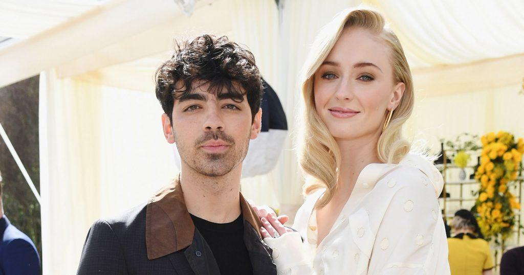 Sophie Turner et Joe Jonas ont noué le nœud (à nouveau) lors de leur deuxième mariage en France - Refinery29